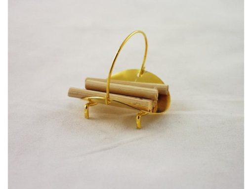 Houtblokken in mand miniatuur 3cmH
