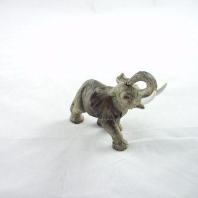 Olifant staand klein 10x7cm