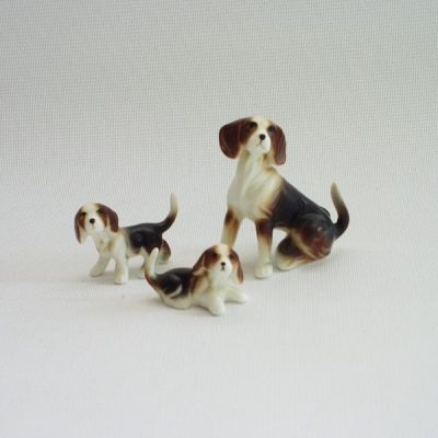 Beagle set met 2 puppies 5cmH