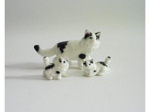 Perzische kat wit mat staand 7.5cmLx4.5cmH