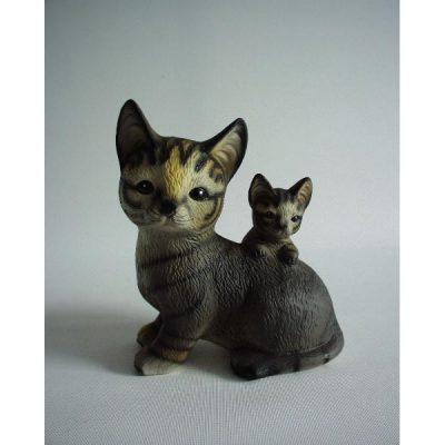 Kat grijs met jong op rug 13cmH