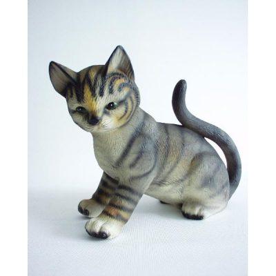 Kat porselein zittend staart omhoog 16cmH