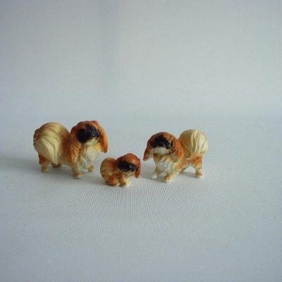 Pekinees set bruin 5.5cmLx4cmH