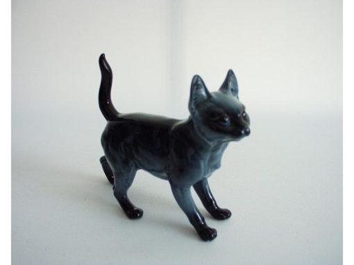 Kat porselein blauw staand 12cmLx11cmH