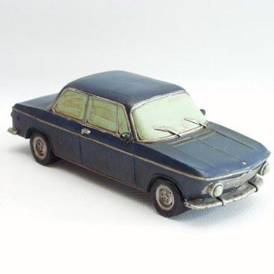 BMW donker blauw 18cmL