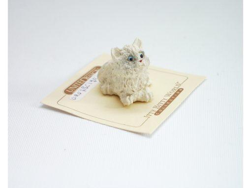 Kat wit miniatuur 2.5cmH
