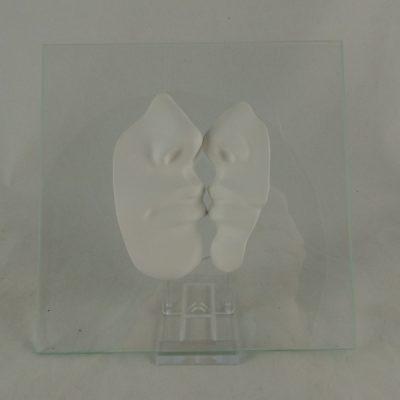 Kus wit op glas 16x16cm