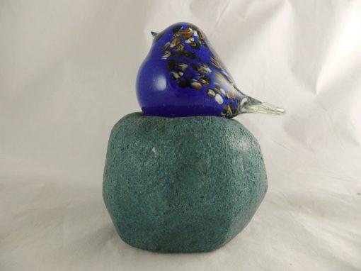 Vogel glas blauw op glasvoet 16cmH