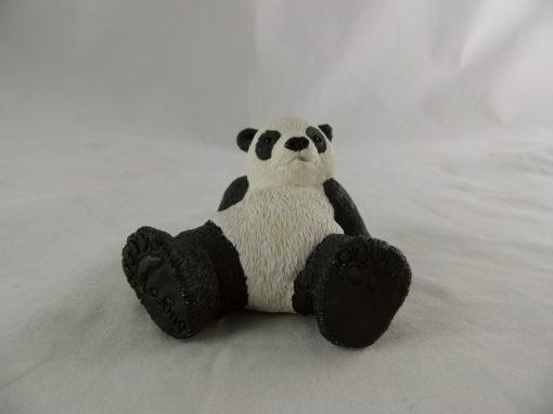 Panda LO-FING achteroverliggend klein 7cmLx5cmH