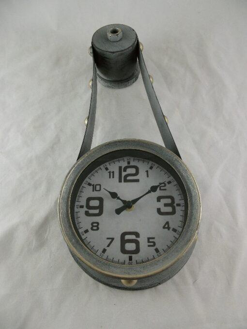 Wandklok antique grijs 43,5cmL
