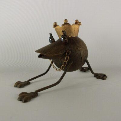 Kikker metaal met kroon en ketting 26cmLx16cmH