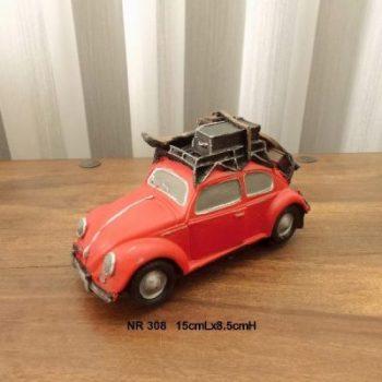 Auto met skies rood 15cmLx8.5cmH